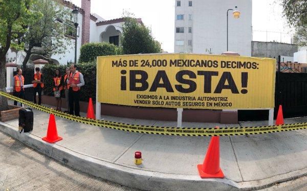 Más de 24,000 mexicanos exigimos a la industria automotriz vender sólo autos seguros en México